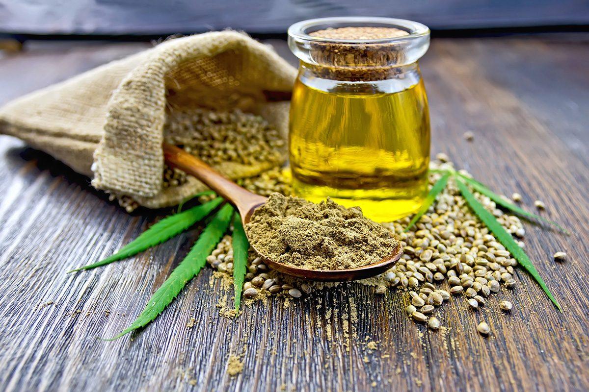 mąka i olejek konopny
