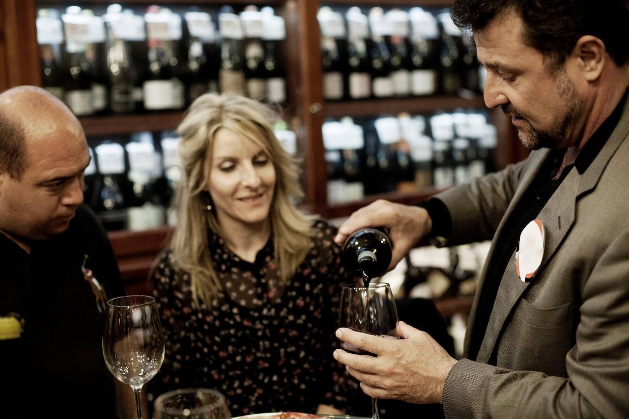 zasady serwowania wina