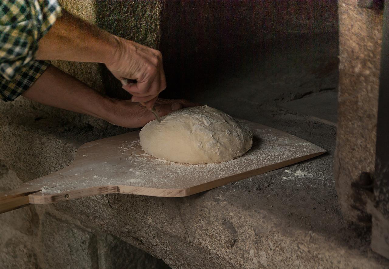 wypiek chleba i pieczywa